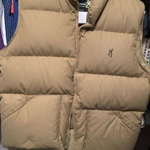 Browning Vest for men.Great Condition